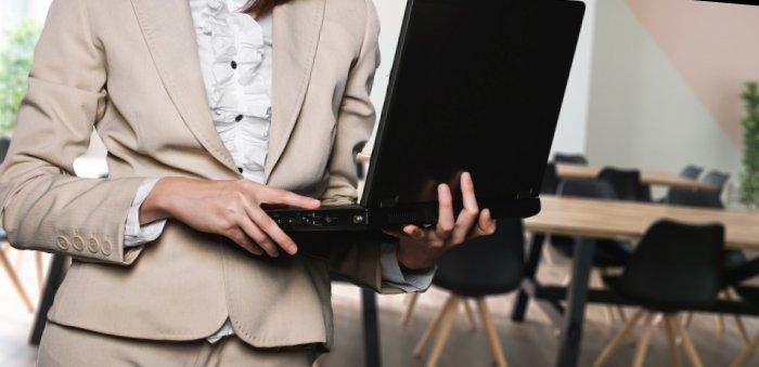 Comment rédiger un CV idéal pour un vendeur(se)?